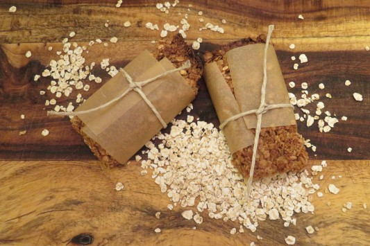 Cinnamon Oats and Honey Granola Bar (2)