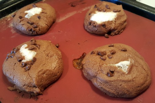 Chocolate Marshmallow Cookies - Sweet Jumbles (3)